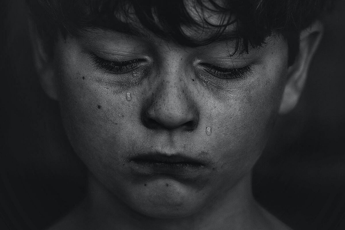 Przemoc werbalna to pojęcie szerokie i łączące wiele różnych zachowań. Jak często dzieci mają z nią kontakt? Co możemy zrobić jako rodzice?