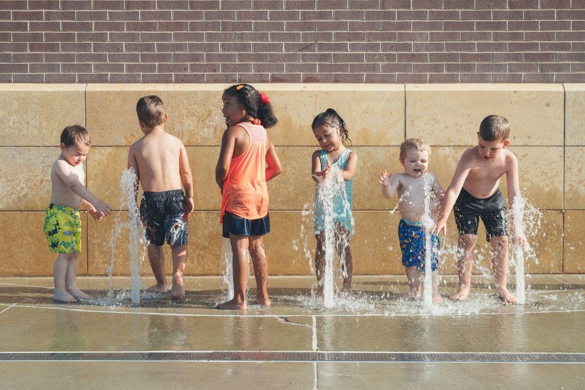 Ruch to jedna z podstawowych potrzeb naszego ciała. Co możemy zrobić jako nauczyciele, żeby zachęcić dzieciaki do regularnego wysiłku?